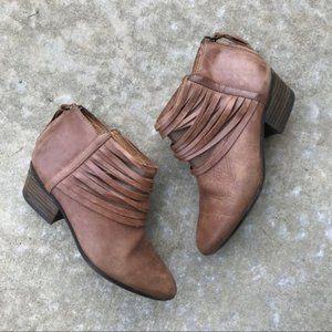 Clarks Artisan Spye Celeste Leather Booties 6.5